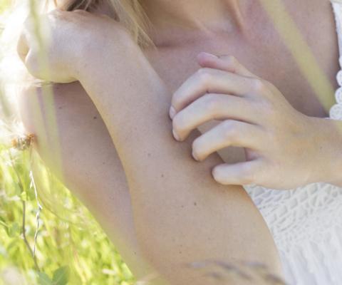 Quelques conseils pour lutter contre les démangeaisons et apaiser votre peau